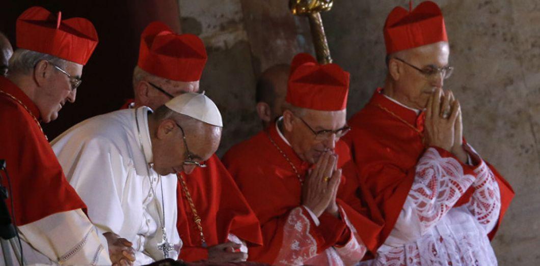 Une puissance étrangère s'invite au Conclave 2013