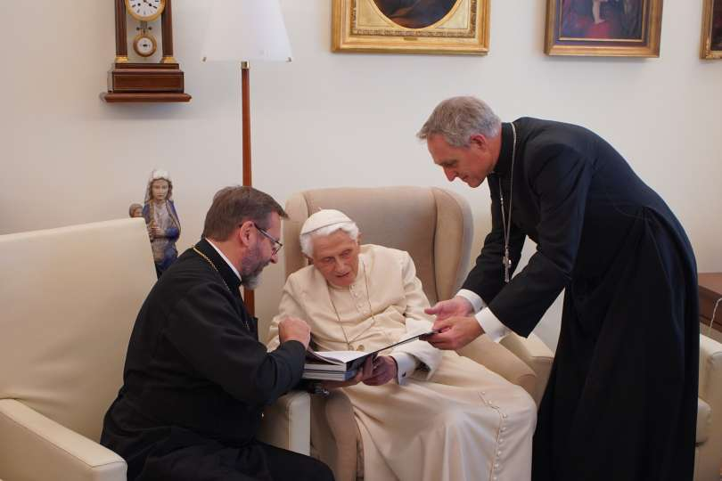 Des gréco-catholiques ukrainiens chez Benoît XVI
