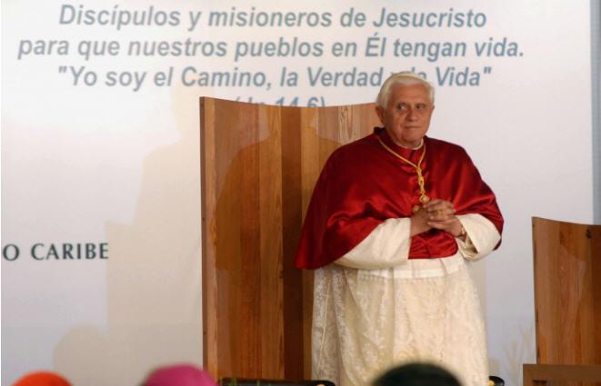 Benoît XVI, une boussole pour le Synode
