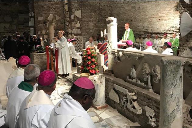 Synode, un nouveau «pacte des catacombes»