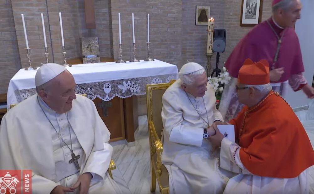 Les nouveaux cardinaux chez le Pape émérite