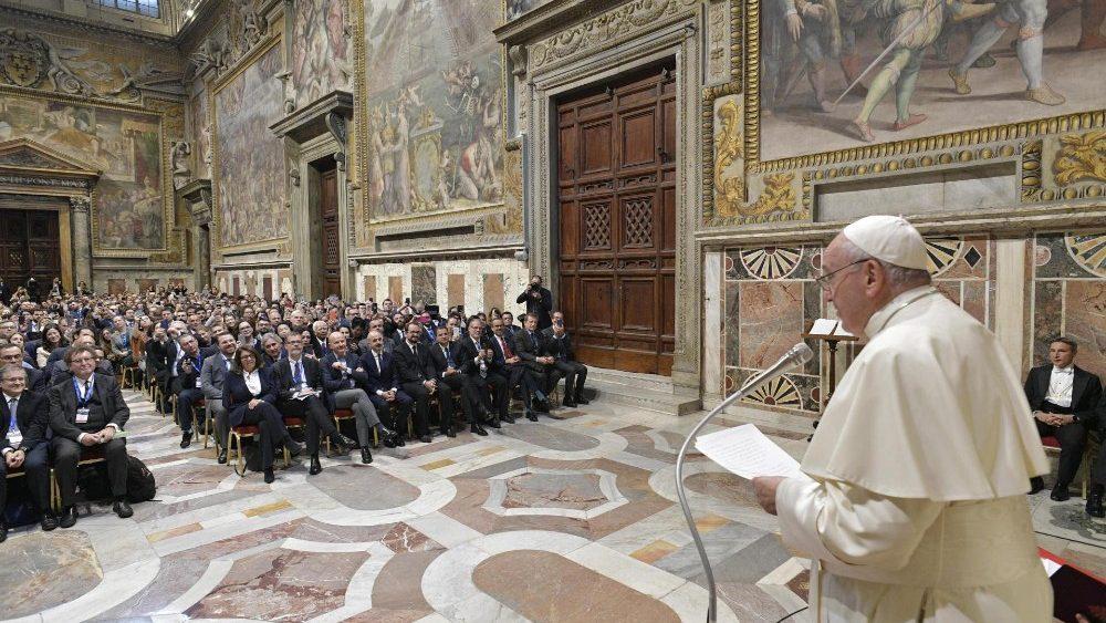 Le Pape leader de la gauche mondiale