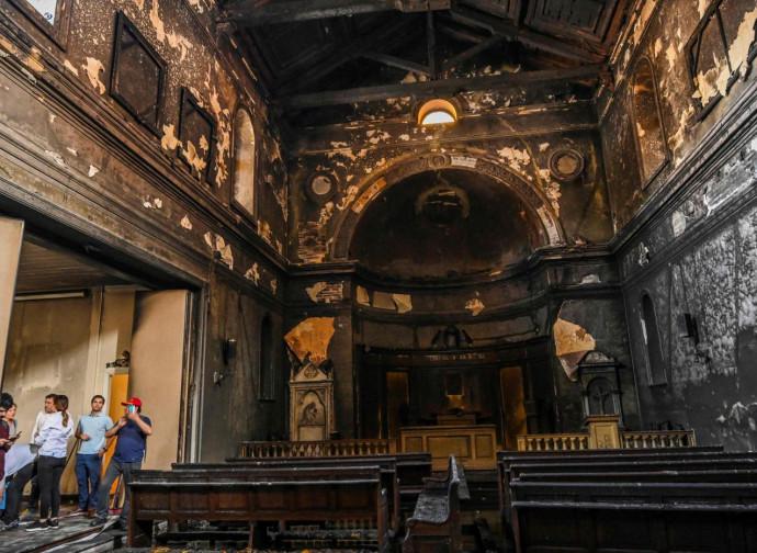 Chili, églises saccagées. Mais que fait le Pape?