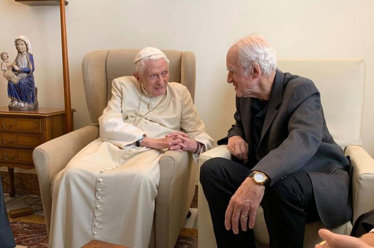 Les lauréats du Prix Ratzinger 2019 chez Benoît XVI