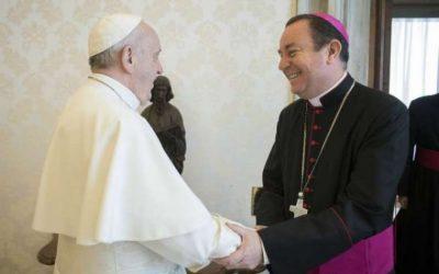 L'étau se resserre autour du protégé du pape