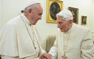 Comment Benoît XVI conçoit le rôle du Pape émérite