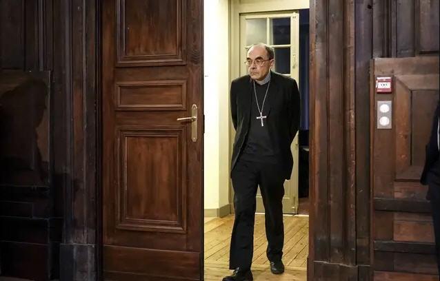 Non-lieu pour le cardinal Barbarin