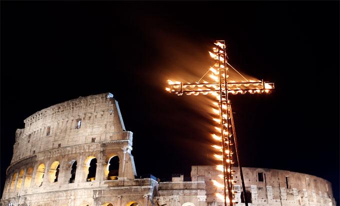 Joseph Ratzinger, la communication de la Croix