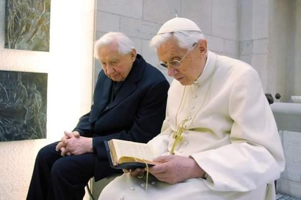 Benoît XVI écrit aux fidèles