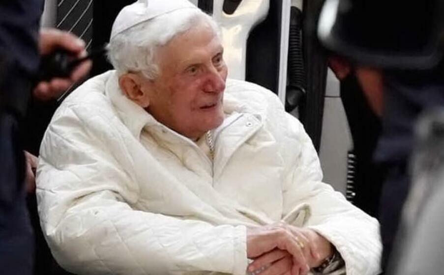 Le visage de Benoît XVI et les plaies de l'Eglise
