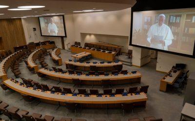 Le message vidéo du Pape à l'ONU devant une salle vide (covid oblige)