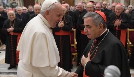 Le chaos au Vatican sous l'œil pénétrant de Mgr Vigano