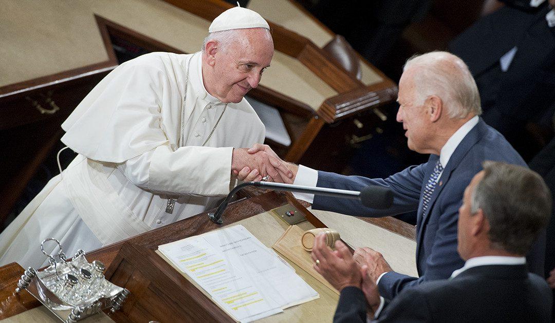 La hiérarchie de l'Eglise a fait implicitement campagne pour Biden