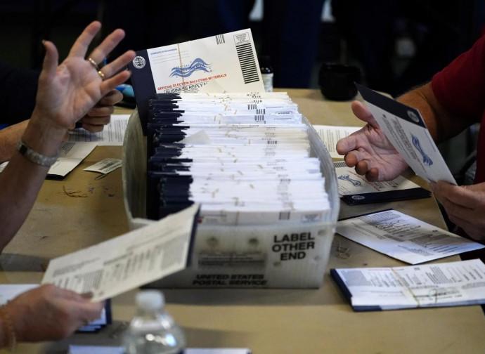 Postes, juges et morts qui votent. Les pires élections