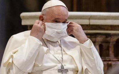 Vaccin, Trump: le Pape sort de son domaine de compétence