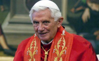 De Ratzinger à Benoît XVI
