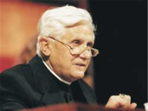 Anniversaire de Benoît XVI: le cadeau qu'IL nous fait
