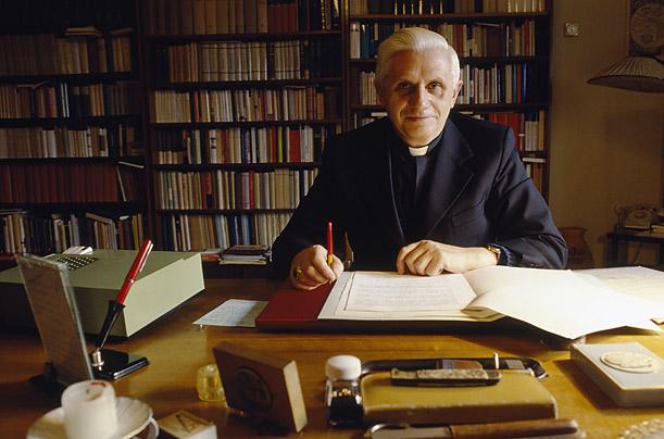 Chrétiens dans la vie politique: la «Note Ratzinger» de 2002