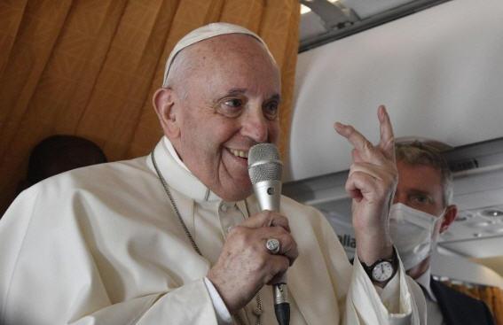 Magistère volant: c'est la papauté qui est humiliée